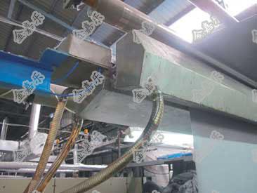 加湿系统可直接安装在冷却辊位置